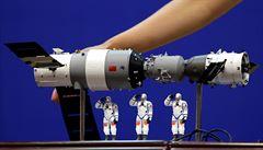 Trosky čínské vesmírné stanice dopadnou na Zemi v noci na pondělí. Větší část shoří v atmosféře