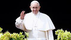 Papež František tradičně požehnal městu a světu, prosil také o 'ovoci míru pro celý svět'