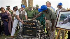 Byl posledním svého druhu. V keňské rezervaci uctili památku bílého nosorožce Sudána