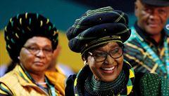 Zemřela bývalá první dáma Jihoafrické republiky Winnie Mandelová