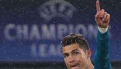 Ronaldo předvedl nůžky z jiné planety a nasměroval Real do semifinále LM
