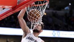 NBA: Satoranský se vrátil do základu. Jeho Washington ale sťal finský kat z Chicaga
