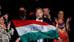'Špatný den pro EU.' Orbán chce své drtivé vítězství využít k ochraně Maďarska