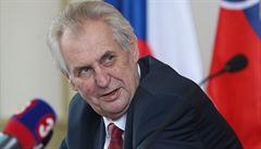 'Děsivé čtení.' Stát je pod tlakem ekonomických skupin, napsal šéf NKÚ prezidentovi