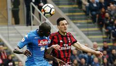 Neapol remizovala bez branek na hřišti AC Milán, Juventus tak vede už o šest bodů