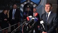 Zeman poradil Babišovi jednat s KSČM a SPD, ten to chce probrat v ANO