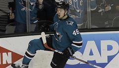 NHL: Hertl zajistil postupovou výhru San Jose, Simon asistoval