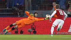 Čechův Arsenal slaví postup do semifinále Evropské ligy, v Moskvě remizoval 2:2