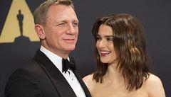 Britská herečka Rachel Weiszová čeká ve svých 48 letech dítě s Danielem Craigem