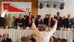 ZVĚŘINA: Komunistická levá. Sjezd KSČM nemohl než potvrdit úpadek strany