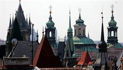 Praha – město opředené neprůhlednou sítí spojenců kmotrů