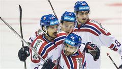 Hokejisté porazili dobrým výkonem po Finech i Švédy, znovu 3:1