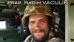 Kolegovi výbušnina utrhla v Humvee ruku a nohu, on zemřel. Vojáka 'zemědělce' poznali podle jmenovky