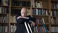 Literární historik Martin C. Putna ve své knize označil Babičku za pokojnou autoritu