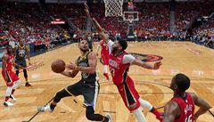 NBA: Davis a Rondo dovedli New Orleans k výhře nad Golden State