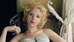 Johanssonová nazpívala hit Bonnie & Clyde