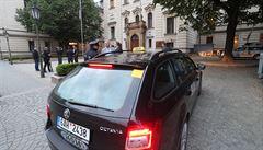 V Praze proběhne protest taxikářů, ve Zlíně rozhodují o stavbě nemocnice za osm miliard