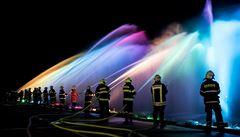 Vltava se zvedne a rozsvítí. 100 let státnosti připomene největší hasičská fontána na světě