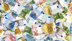 Evropská komise do konce roku proplatila Česku čtvrtinu dotací