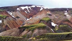 Islandský nejpopulárnější Trek Laugavegur skrz fascinující Duhové hory