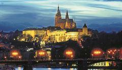 Pražský hrad tápe, jak nalákat turisty. Cizinců radikálně ubylo a Češi se metropoli vyhýbají