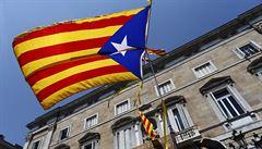 'Politika musí jít stranou.' Katalánsko žádá o pomoc španělskou armádu