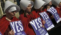 Před potratem musí žena vidět plod. Jih USA přitvrzuje, 'šikanu' ale ženy zažívají dekády
