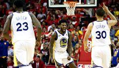 Houston dobře rozehraný zápas nezvládl, do finále NBA míří obhájce Golden State