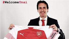 Fotbalisté Arsenalu získají téměř devět miliard. Za to, že budou nosit dres Adidasu
