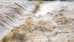 Při záplavách v Indii a Pákistánu zemřelo minimálně 42 lidí, oznámil Kérala