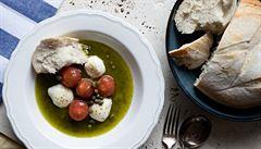 Řecké vábení. Cherry rajčata s kozím sýrem, tymiánem a medem