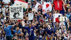 Japonci překvapili fotbalový svět. Po vyhraném zápase fanoušci uklidili tribuny