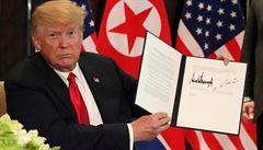Co vlastně podepsali Trump s Kimem? Vágní, tohle tu už bylo, komentují dohodu odborníci