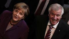 Velká koalice má mezi Němci rekordní podporu. Znovu by nevolili