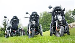 Skončil se závody Rallye Dakar, nyní sestavuje nejrychlejší invalidní vozíky v Česku