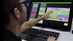 Video mění na světovém šampionátu způsob bránění. Spustí revoluce fotbalovou evoluci?