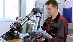 Půjčovna robotů má pomoct s nedostatkem zaměstnanců, využívat ji mohou i menší podnikatelé