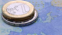 Přebytek českého zahraničního obchodu v listopadu stoupl na rekordních 32 miliard korun