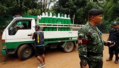 Neexistuje hororový film, který by se tomu vyrovnal. Teambuildingová noční můra thajských fotbalistů