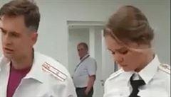 'Chtěli jste to Rusku po.at?' Ruská policie vyslýchala členy Pussy Riot