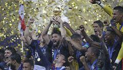 Francie slaví po 20 letech titul mistrů světa. Ve finálové přestřelce porazila Chorvaty 4:2
