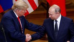Trump zradil a Putin ho má v kapse, napsal po summitu exšéf CIA. Prezident USA čelí tvrdé kritice i z 'vlastních řad'
