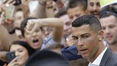Ronaldovy vlastní góly? Hvězdný fotbalista čelí dalšímu obvinění ze znásilnění