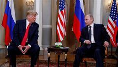 Po schůzce s Putinem sebral poznámky svému tlumočníkovi. Trump zprávy o zadržování informací odmítl