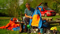 VIDEO: Jak se obléct do vysokých hor? Rady špičkového horolezce Marka Holečka