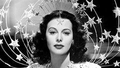 Hedy Lamarrová se proslavila v českém filmu. V biografickém seriálu si ji zahraje Gal Gadotová
