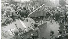 Rekonstrukce osudového verdiktu. Před 50 lety si nechal Brežněv posvětit invazi do Československa