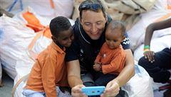 Ztraceni v Česku? Opuštěné děti cizinců by se podle expertů lépe integrovaly v pěstounských rodinách