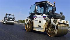Na opravovaný úsek D1 u Prahy se auta vrátí poslední den v srpnu
