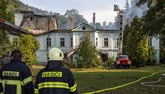 Příčinou požáru zámku v Horním Maršově je podle hasičů úmyslné zapálení nebo nedbalost